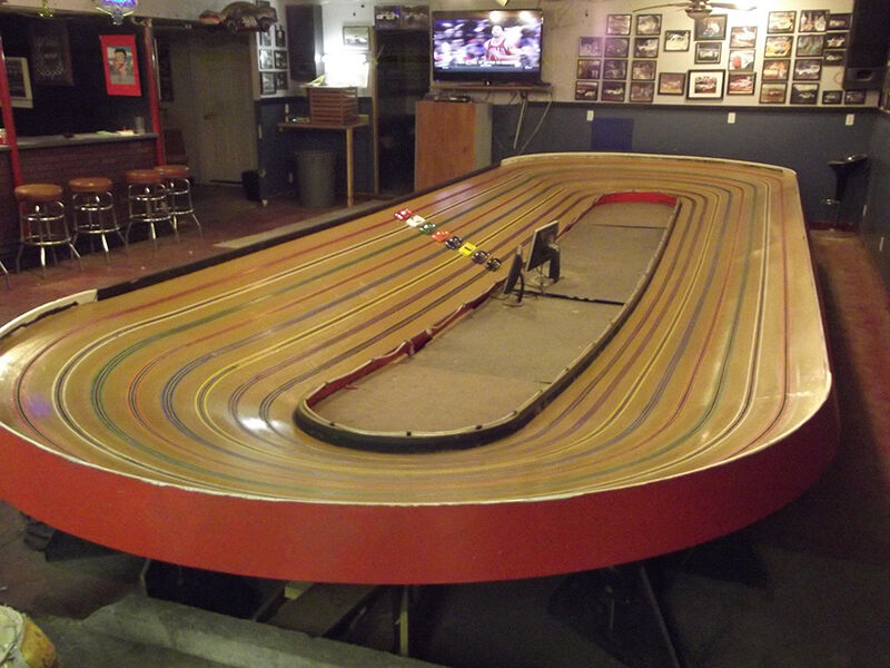 how to build a 1 24 slot car track ebay. Black Bedroom Furniture Sets. Home Design Ideas