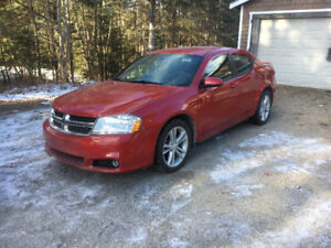 2013 Dodge Avenger SXT EDITION WITH LOW KMS FOR $5950.00