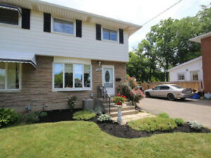 Welland Canal View - 3 Bedroom House