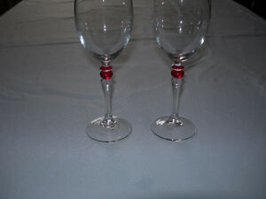Wineglasses with Red Accent Kawartha Lakes Peterborough Area image 1