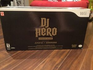 Dj HERO RENEGADE EDITION NOT EVEN OPEN