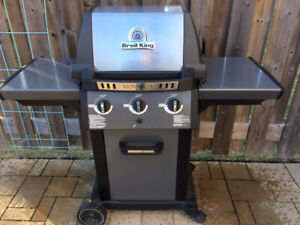 Broil King Monarch Propane BBQ