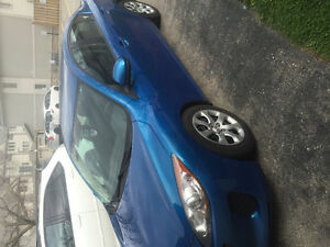 2012 Mazda Mazda3 Sedan (new summer tires)
