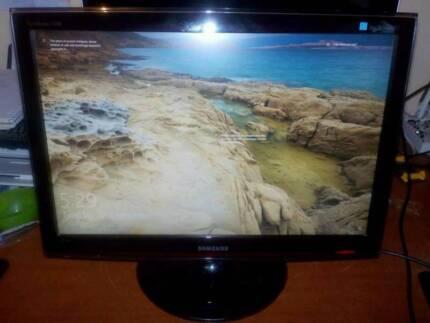 Samsung 24 inch HD 1200p widescreen monitor HDMI/VGA/DVI