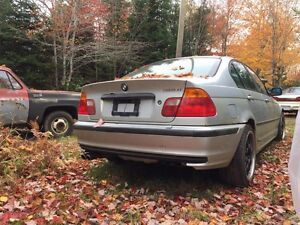 2001 BMW 320i parts or repair
