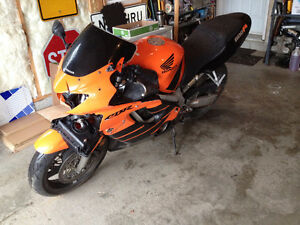 parting out 1999 2000 Honda CBR600F4 parts bike