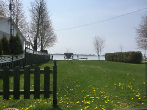 $450/month, Cozy home, 100m from the water for rent - Saint-Anic