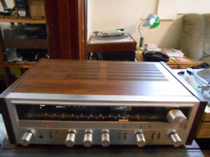 Vintage Pioneer SX-720 AM/FM stereo receiver.  EXCELLENT SOUND!