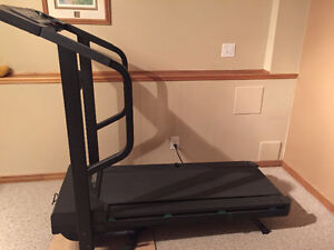 Welso Treadmill - good working condition!