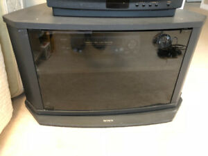 SONY TV ENTERTAINMENT STAND