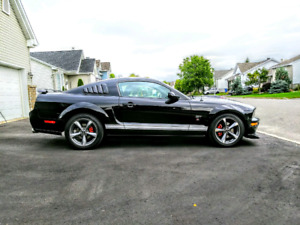 Ford Mustang GT 2007 manuel,cuir, mags, strippes