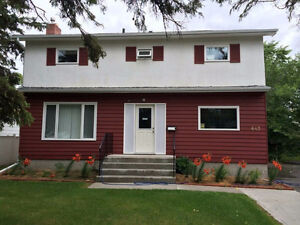 THE ROOM FOR RENT VERY CLOSE THE UNIVERSITY OF MANITOBA