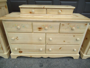 MATCHING 9 DRAWER DRESSER & NIGHTSTAND WITH FLORAL PATTERN