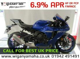 2020 YAMAHA YZF-R1, 2020 MODEL CALL FOR BEST UK PRICE
