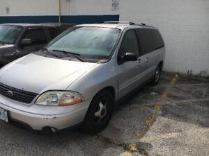 2001 Ford Windstar LX Sport Minivan, Van