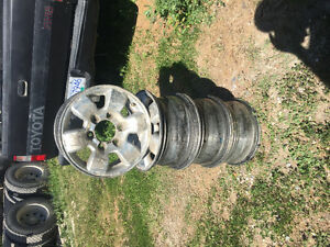 "*REDUCED* 15"" 6 bolt wheels"
