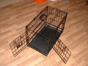 Small  Dog Home{crate}
