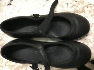 tap dance shoes capezio size 5M