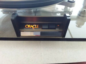 Oracle Delphi II turntable