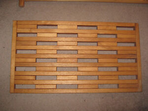 Solid Wood Shoe Mat, excellent cond