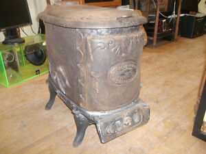 Antique Harriston Wood Stove Made In Harriston,Ont