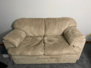 Loveseat (excellent condition)