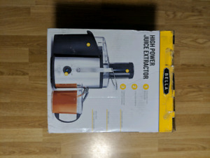 Juicer Extractor BELLA Like New obo