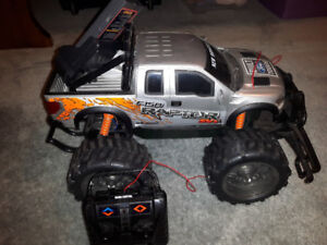 RC F-150 Truck and Dune Buggy