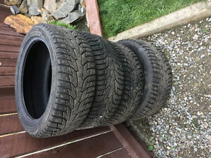 Hankook I-Pike Studded Winter Tires