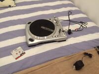 Record deck nurmark with USB connection for digital music