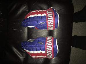 Warrior AX1 pro gloves