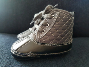Baby dress boots
