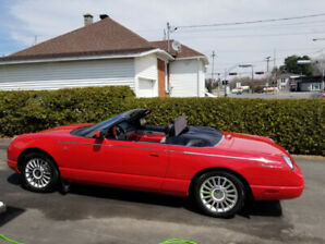 CONVERTIBLE FORD THUNDERBIRD 2005 50e ANNIVERSAIRE discutable