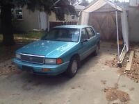 1992 Plymouth acclaim RUNS AND DRIVES FINE