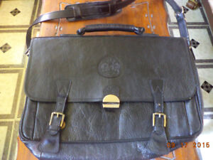 retro laptop bag