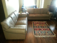 2 leather couches in very good condition