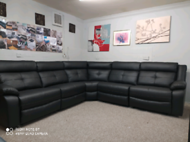 Harvey black leather corner sofa
