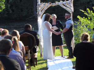 Ontario Licensed Wedding Officiant And Celebrant