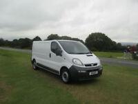 Vauxhall/Opel Vivaro very clean van