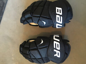 Bauer Men's Hockey Gloves used once