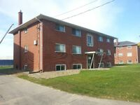 Oshawa 2 bedroom, Dec-01, well-maintained, bus stops in front, n
