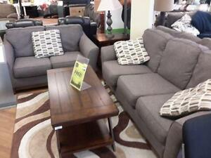 *** USED *** ASHLEY JANLEY SLATE SOFA/LOVE   S/N:51247796   #STORE543