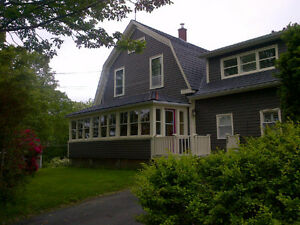 9 Pleasant St - Exceptional Home in Historic Bedford Neighbourho