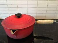 Le Creuset 22cm cast iron saucepan