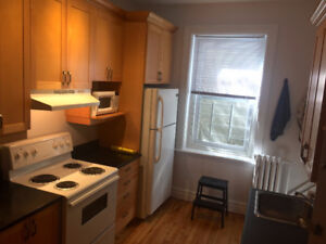 4 bedrooms+living room McGill Ghetto-January 1st ALL INCLUDED