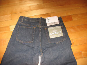 jeans neuf Lacoste