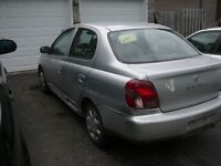 Toyota Echo 2001 automatique RIEN A REPARER