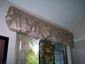 Beautiful Window Topper Cutains Campbell River Comox Valley Area image 5