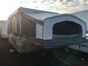 2006 Palomino 10' Pop Up Trailer