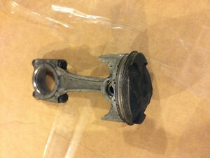 Triumph Dayton 650 600 Speed Four TT600 piston connecting rod